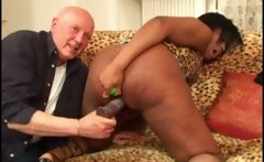 Ebony Isis show her big ass and gets toyed before getting