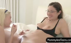 Sex Pro Samantha Ryan Teaches Couple